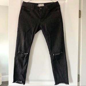 Free People Mid Rise Ripped Skinny Jeans NWT